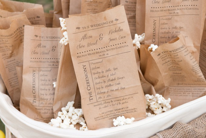 popcorn bag program | 10 Tips for a Popcorn Wedding Bar