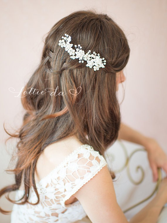 silver hair comb | 50+ Best Bridal Hairstyles Without Veil | http://emmalinebride.com/bride/best-bridal-hairstyles