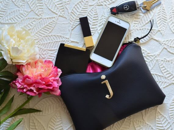 initial clutch purse