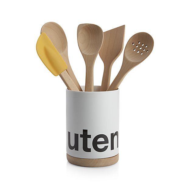 utensils crock | 9 Things I Wish Had Registered For | https://emmalinebride.com/planning/9-things-wish-had-registered-for/