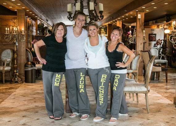 yoga style bridesmaid sweatpants | bridesmaid yoga pants, tank tops, gifts & more | https://emmalinebride.com/gifts/bridesmaid-yoga-pants-gifts/