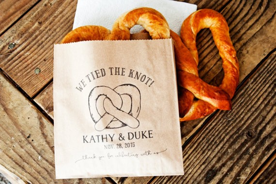 we tied the knot pretzel bags via 26 Things Guests Love at Weddings from A to Z | https://emmalinebride.com/planning/things-guests-love-at-weddings/