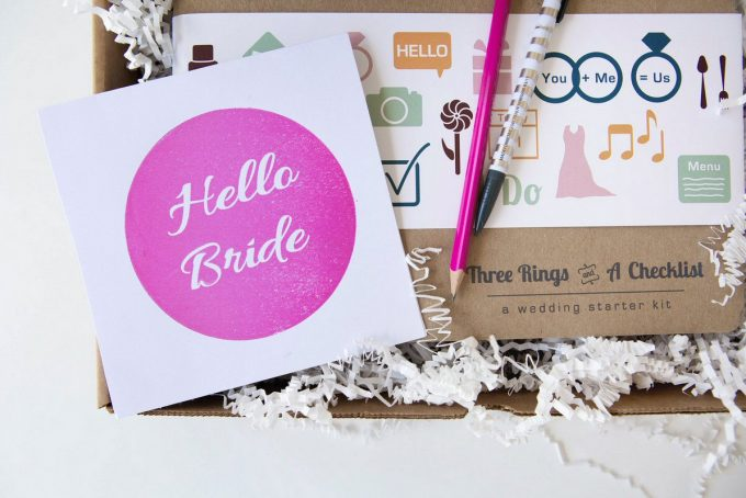 Giveaway: Win a Wedding Planner Binder by Hello Bride | https://emmalinebride.com/2016-giveaway/wedding-planner-giveaway/