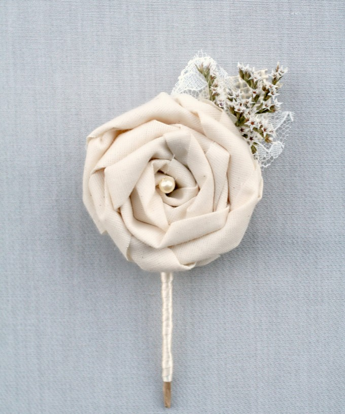 ivory rosette dried flower boutonnieres