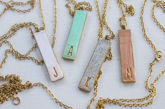 Vertical Initial Necklace | by Jill Makes | http://emmalinebride.com/wedding/vertical-initial-necklace