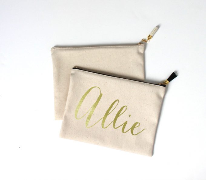 Makeup Bag with Tassel for Bridesmaids Gifts by Aspen Lane Colorado via 21 Festive Tassel Wedding Decorations & Accessories | http://emmalinebride.com/themes/tassel-wedding-decorations/