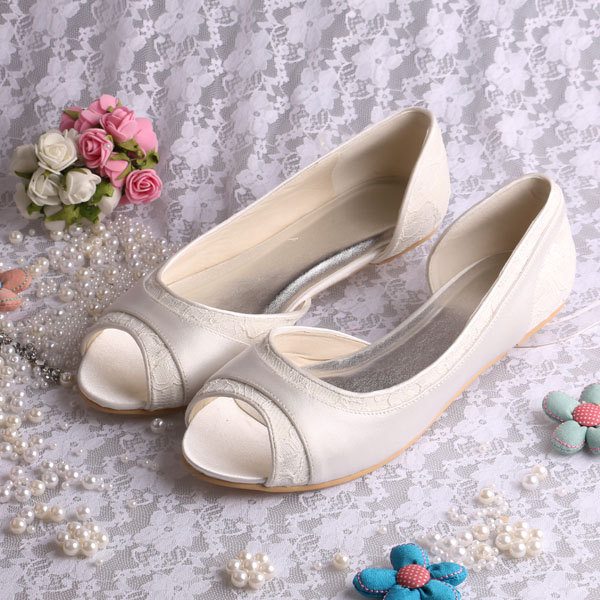 Satin Peep Toe Bridal Flats | 21 Wedding Flats That Will Look Beautiful for the Bride - http://emmalinebride.com/bride/wedding-flats-bride/