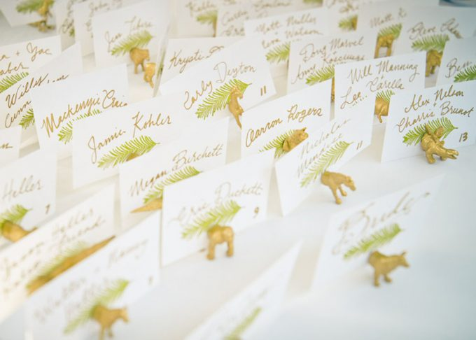 Animal Magnet Escort Card and Favor - 100 Ways to Save Money on Your Wedding | via Emmaline Bride | http://bit.ly/2dtrgoW