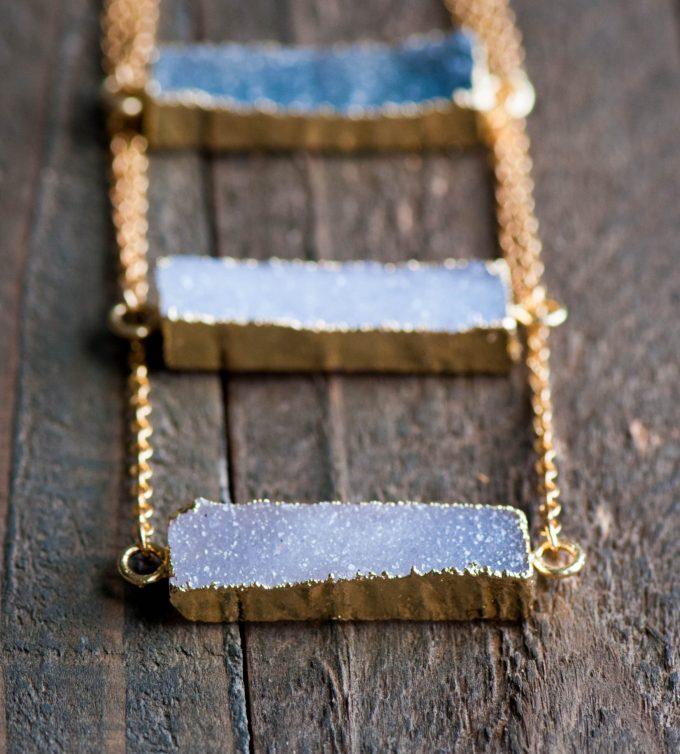 20+ Sparkling Druzy Bar Necklaces | https://emmalinebride.com/planning/druzy-bar-necklaces-bridesmaids/