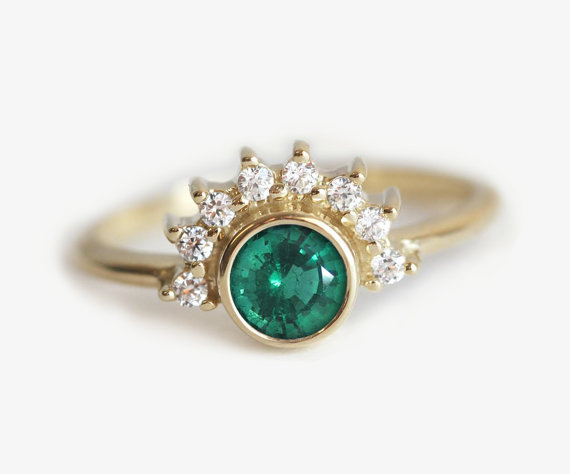 emerald-engagement-ring-by-minimalvs