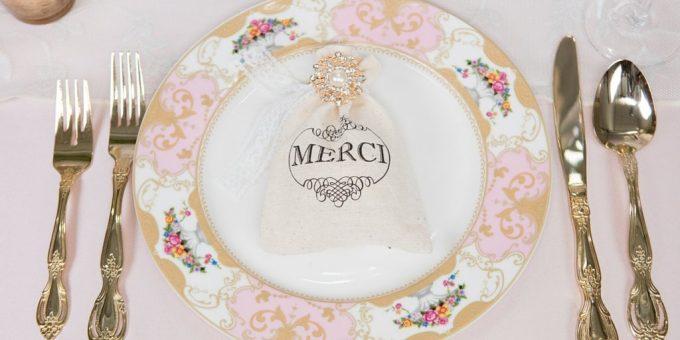 pearl-brooch-for-favor-bag