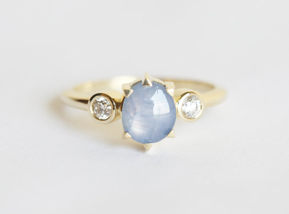 sapphire-engagement-ring-by-capucinne