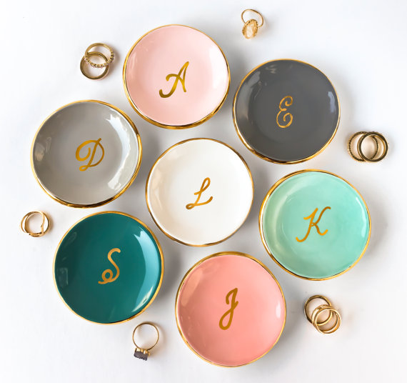 Engagement ring dishes | via Emmaline Bride | http://emmalinebride.com/engagement/beautiful-engagement-ring-dishes/