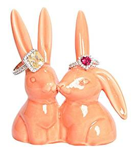bunny ring holder | Engagement ring dishes | via Emmaline Bride | http://emmalinebride.com/engagement/beautiful-engagement-ring-dishes/