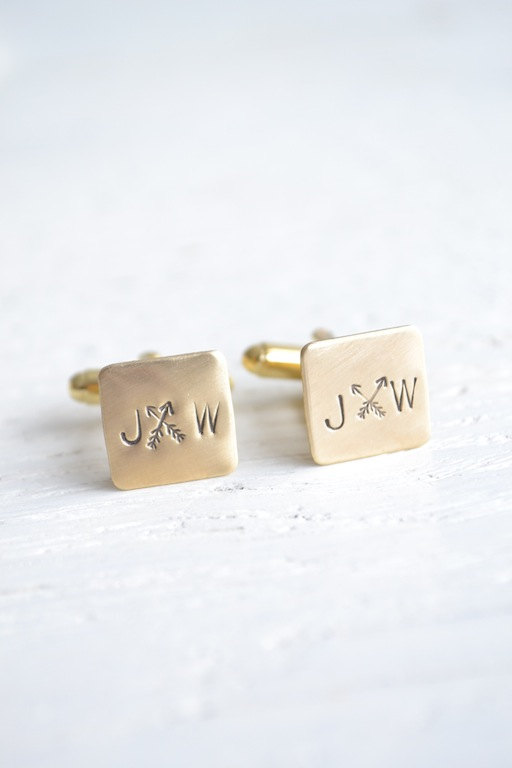 arrow cufflinks | via Heart and Arrow Wedding Ideas: https://emmalinebride.com/themes/heart-and-arrow-wedding-ideas