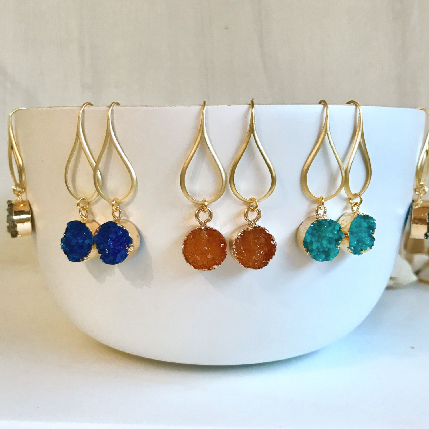 druzy earrings by Rustic Gem Jewelry | via Druzy Earrings Giveaway https://emmalinebride.com/2017-giveaway/druzy-earrings-giveaway/