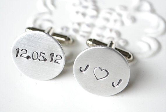 Gift for Groom from Parents | http://emmalinebride.com/gifts/gift-for-groom-from-parents