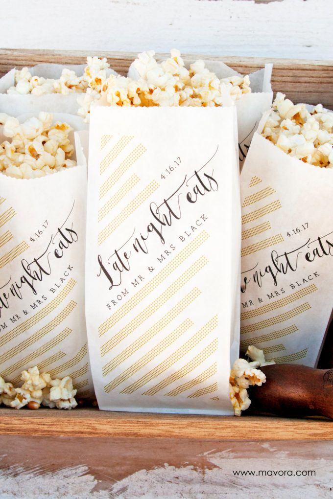 Popcorn Favor Bags for Wedding Receptions by Mavora | via EmmalineBride: http://emmalinebride.com/wedding/popcorn-favor-bags-for-wedding/
