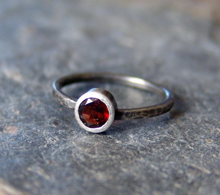 Handmade gemstone engagement rings | via https://emmalinebride.com/engagement/handmade-gemstone-engagement-rings/