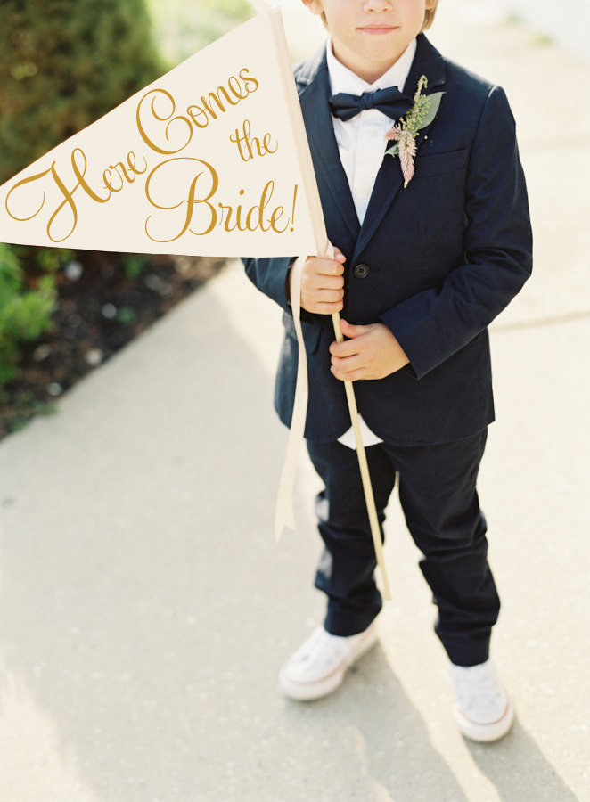signs for the ring bearer to carry