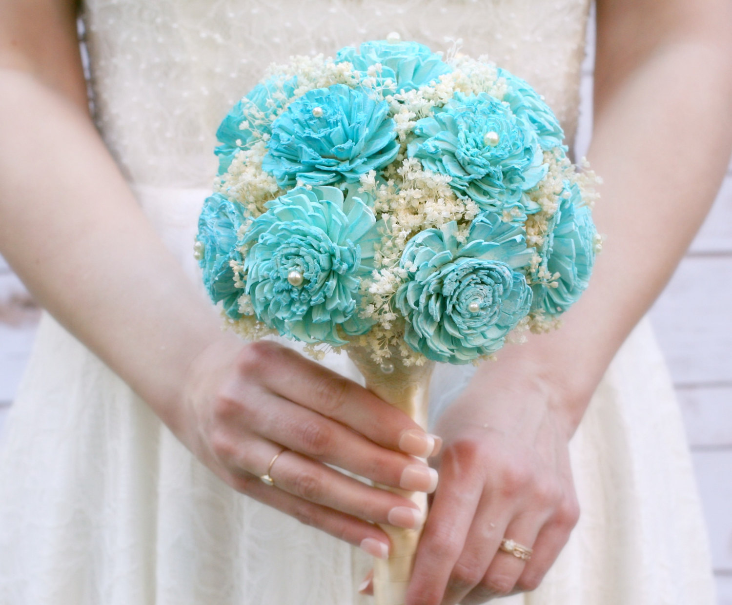 where to buy sola flowers | bouquet by the sunny bee | https://emmalinebride.com/bouquets/where-to-buy-sola-flowers/