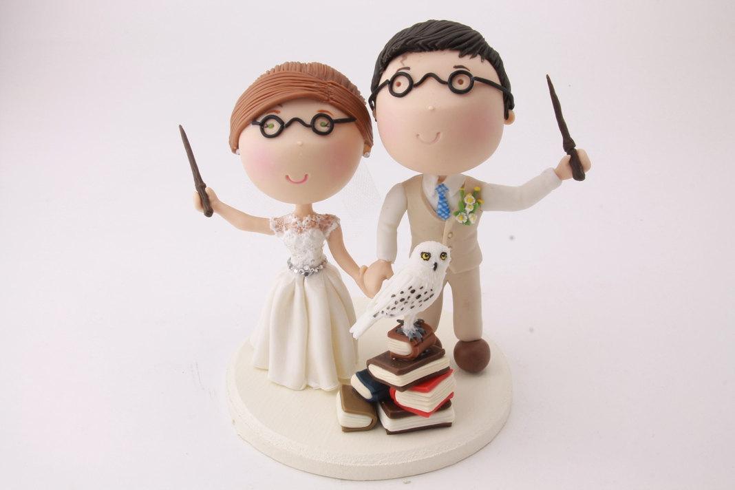harry potter cake topper | via library card bridal shower invitations / theme