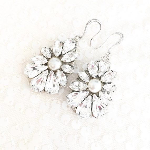 chandelier bridal earrings with pearls