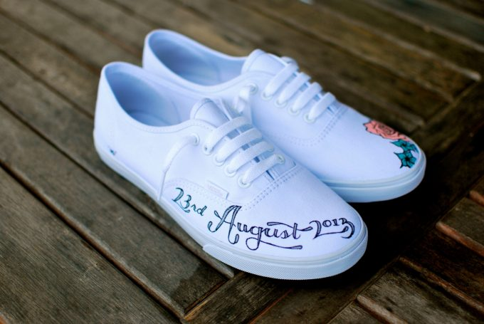 wedding vans for bride // via http://emmalinebride.com/bride/wedding-vans-for-bride/