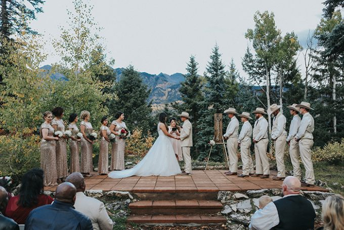 See an Amazing Wedding in Colorado's Beautiful Mountains! - http://emmalinebride.com/real-weddings/see-an-amazing-wedding-in-colorados-beautiful-mountains | Shutterfreek Photography