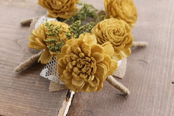 fall boutonniere ideas for the groom