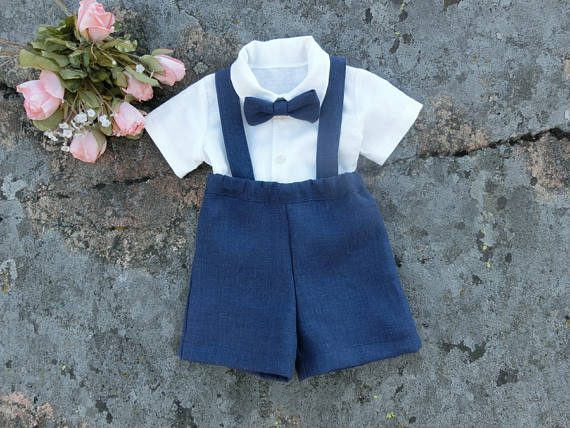 26 Most Adorable Ring Bearer Outfit Ideas // http://emmalinebride.com/ring-bearer/where-to-buy-ring-bearer-outfits/