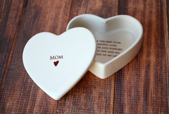 mother of the bride gifts, mother of the bride gift ideas, mother daughter gifts