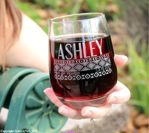 personalized bridesmaid wine glasses | by scissormill | via http://emmalinebride.com/gifts/personalized-bridesmaid-wine-glasses/
