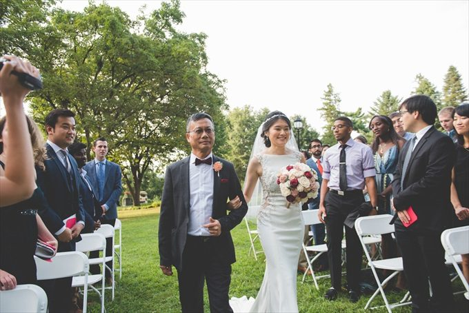 A Morris Arboretum Wedding that You'll Never Forget! (Philadelphia Garden Wedding)- https://emmalinebride.com/real-weddings/a-morris-arboretum-wedding-that-youll-never-forget| BG Productions Photography & Videography