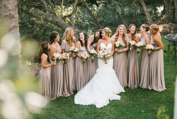 infinity dress // via https://emmalinebride.com/bridesmaid/infinity-dress-tips-bridesmaids/