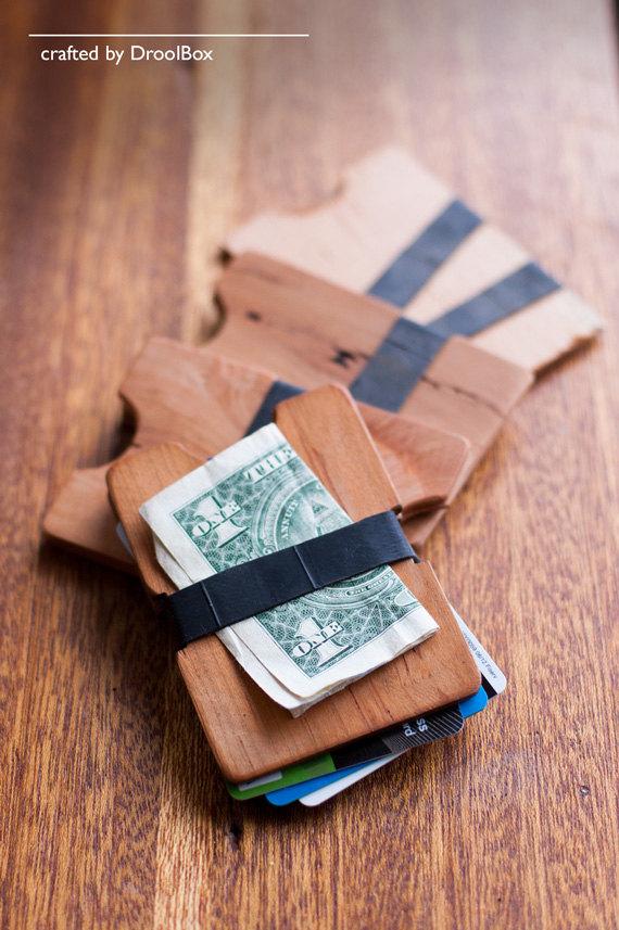 Foyer Minimalist Wallet : Unique gift ideas for men under emmaline bride