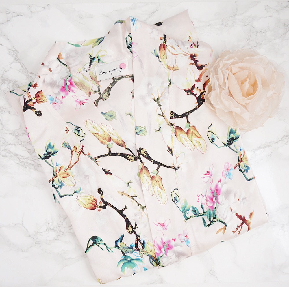 floral print bridesmaid robes via https://www.etsy.com/shop/loveandpeony