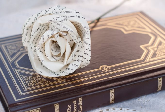 paper roses bouquet via https://etsy.me/2l3nbub