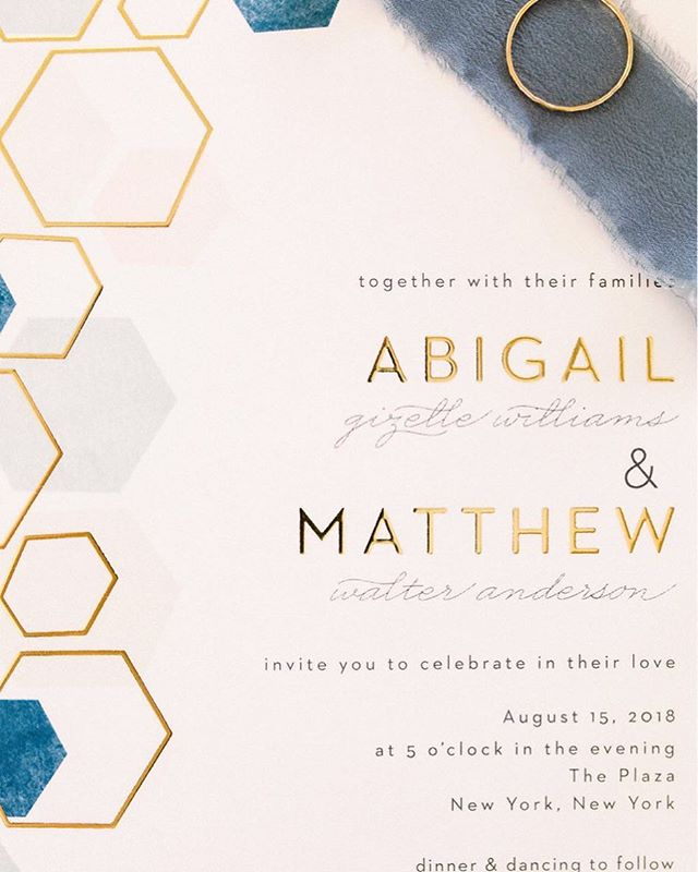 free wedding invitations - giveaway from Basic Invite: https://shrsl.com/13zqm