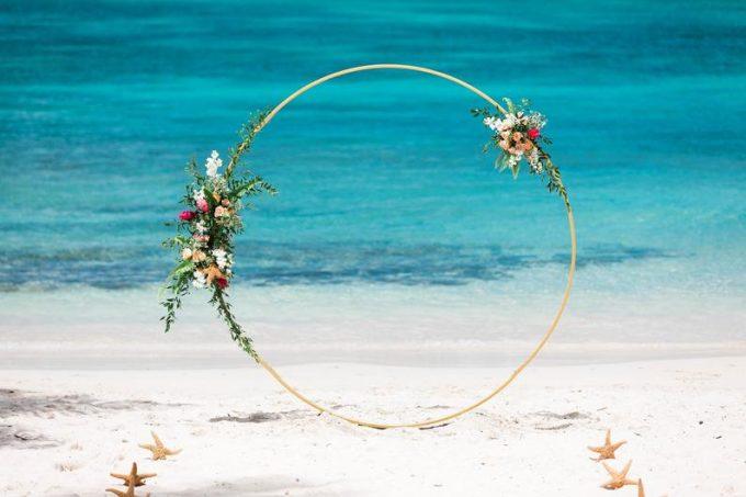circular wedding arch