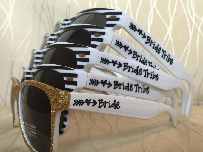 sunglasses via bachelorette party favors