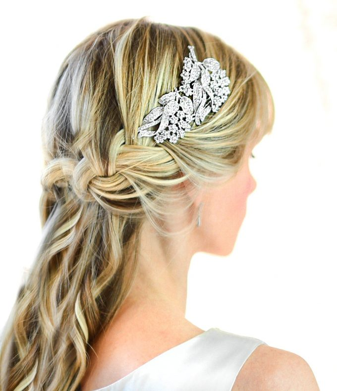 bridal comb for veil or veil alternative