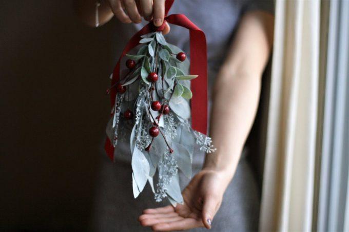 mistletoe bridal bouquet