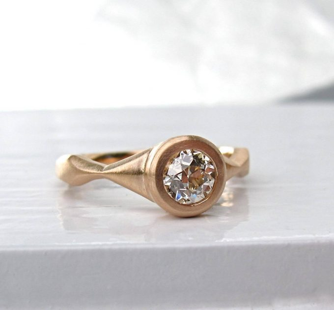 non-traditional engagement rings