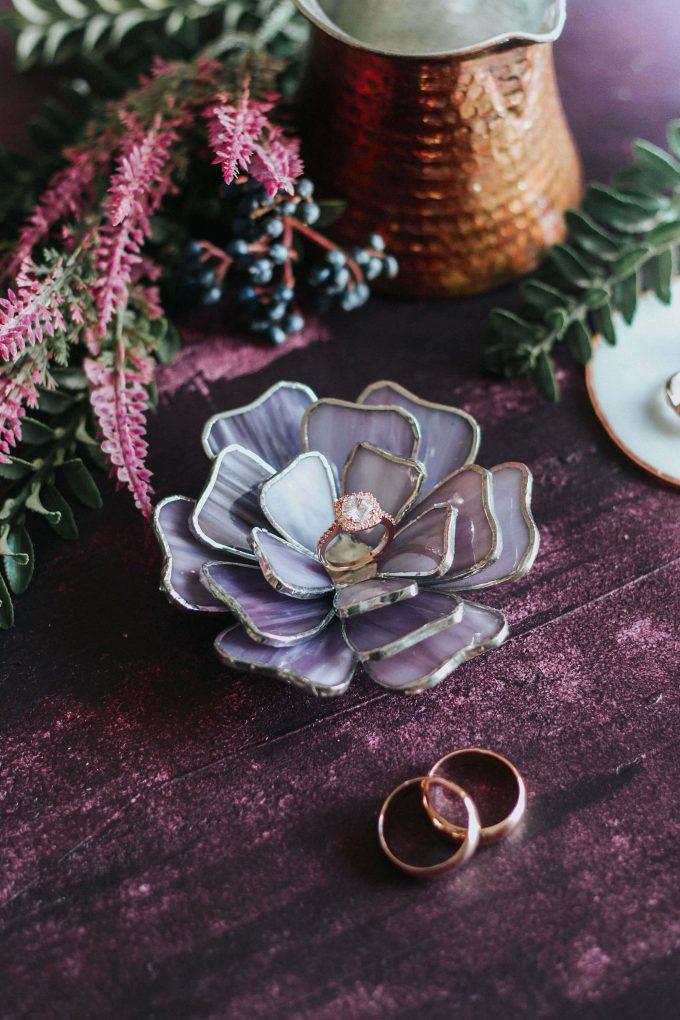 floral ring holder