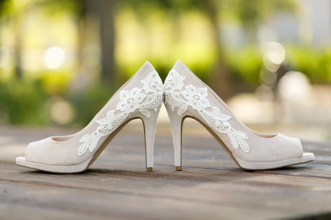 lace heels for weddings