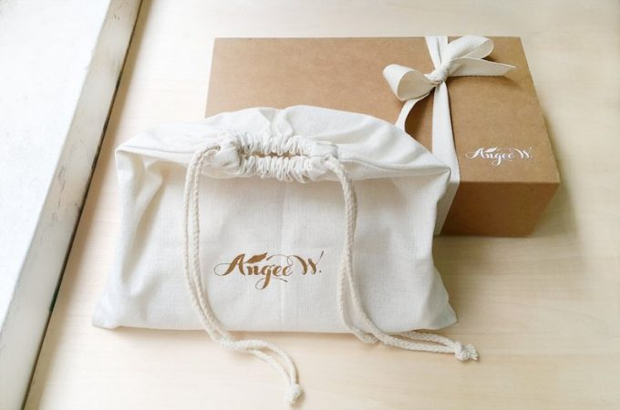 velvet clutches for bridesmaids