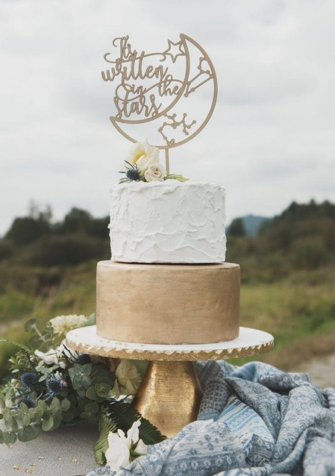 wedding cake toppers with names