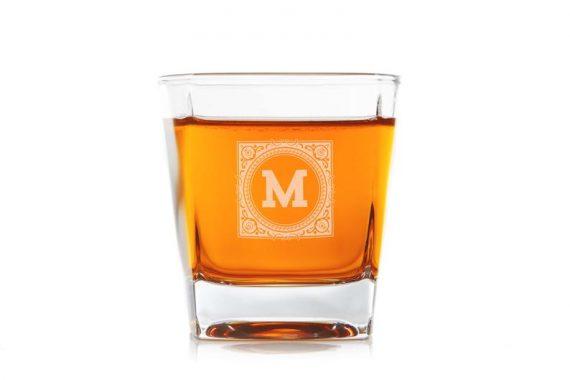 whiskey glasses for groomsmen