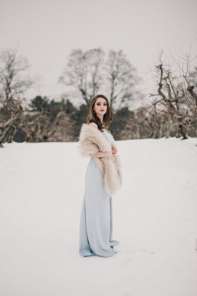 faux fur wedding wraps